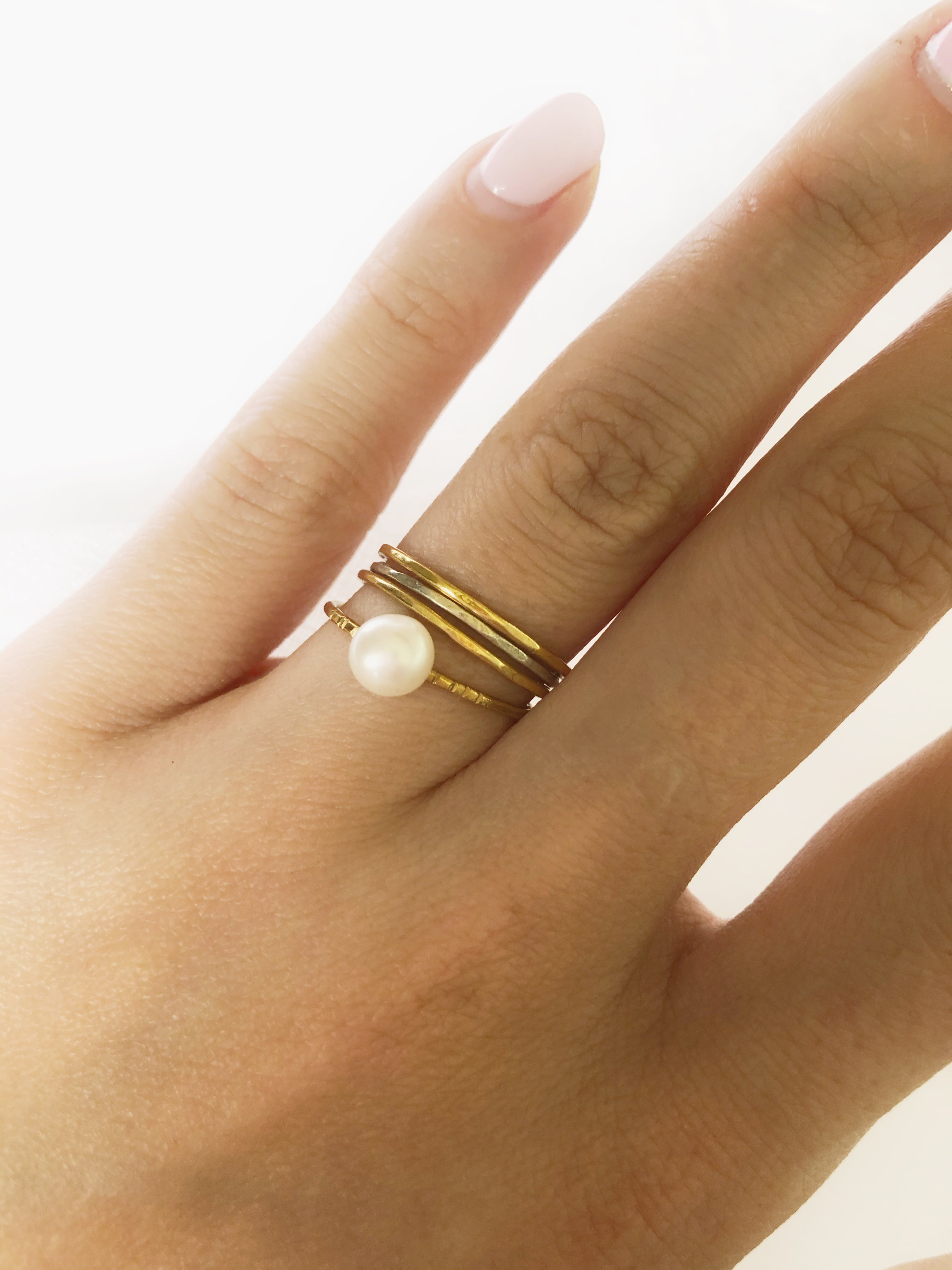 JULIA'S pearl ring
