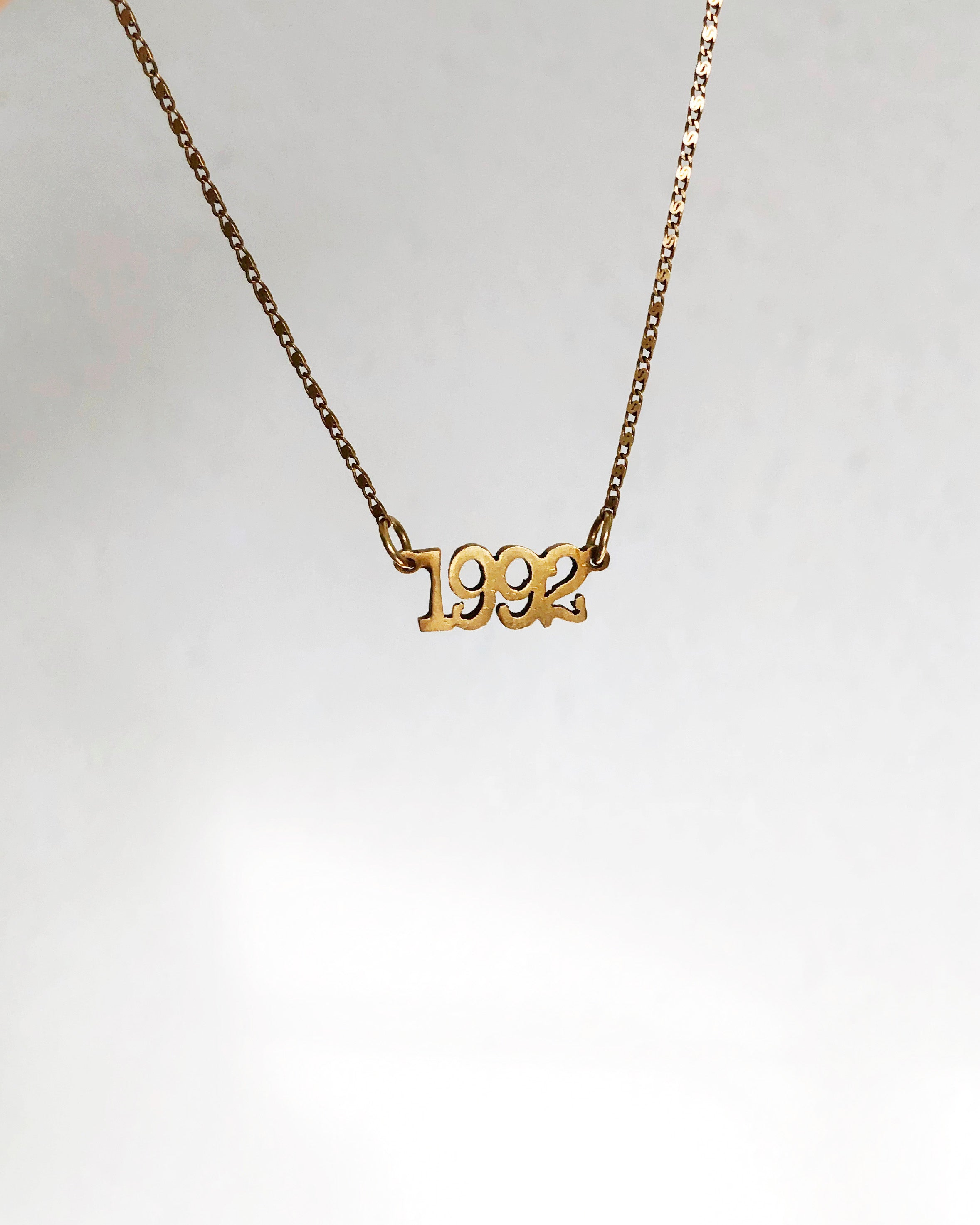 YEAR - horizontal necklace