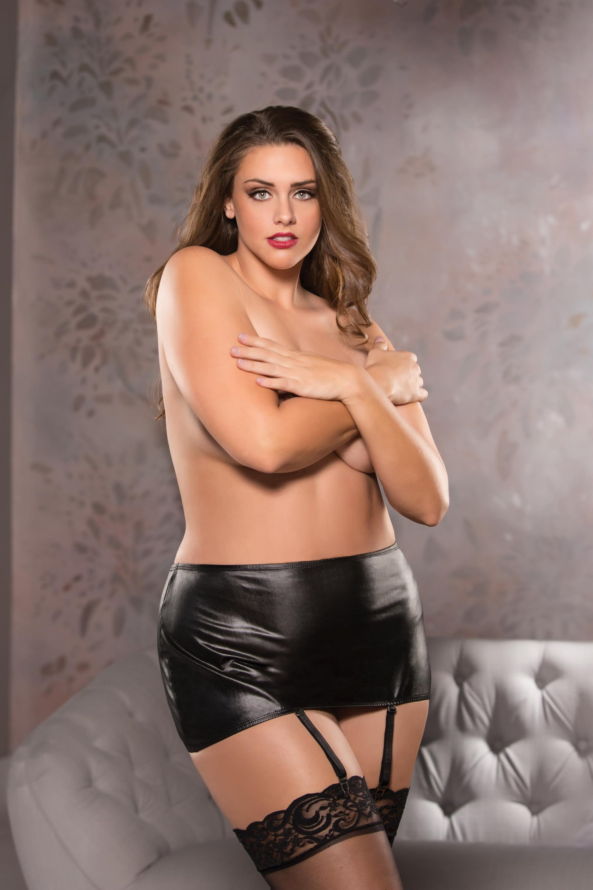 Classic Garter Skirt - Black - One Size Plus Size