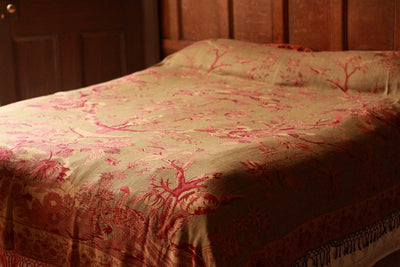 Bedspread/Throw in Bracken Green