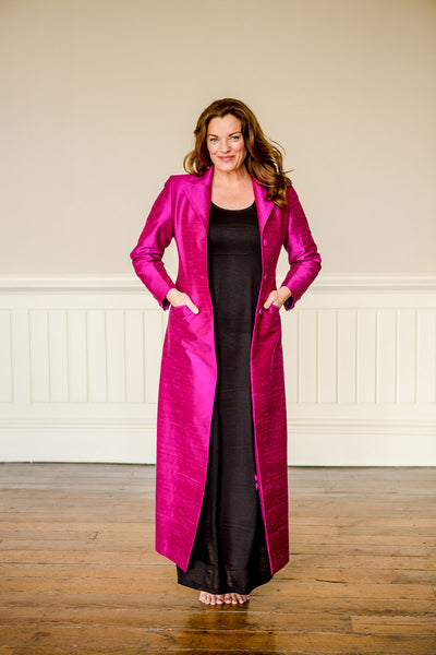pink raw silk maxi coat, plus size mother of the bride outfit, plus size opera coat, pink silk opera outfit, pink wedding guest coat, floor length coat, black tie wedding outfit