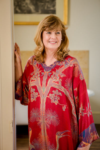 V Neck Kaftan in Venetian Red