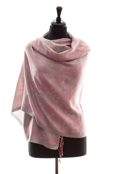 Shawl in Rococo Pink