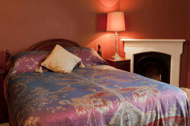 Bedspread/Throw in Imperial Blue