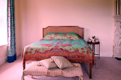 Bedspread/ Throw in Opaline