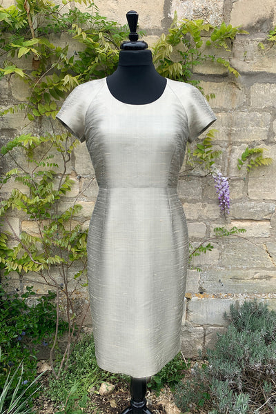 ladies-pale-gold-mother-of-the-bride-dress-sample-sale-wedding-guest-outfit-tailored-shift-dress
