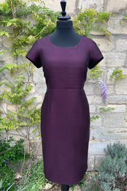 ladies- raw-silk-fitted-shift-dress-aubergine-purple-mother-of-the-bride-outfit-wedding-guest-dress-sample-sale