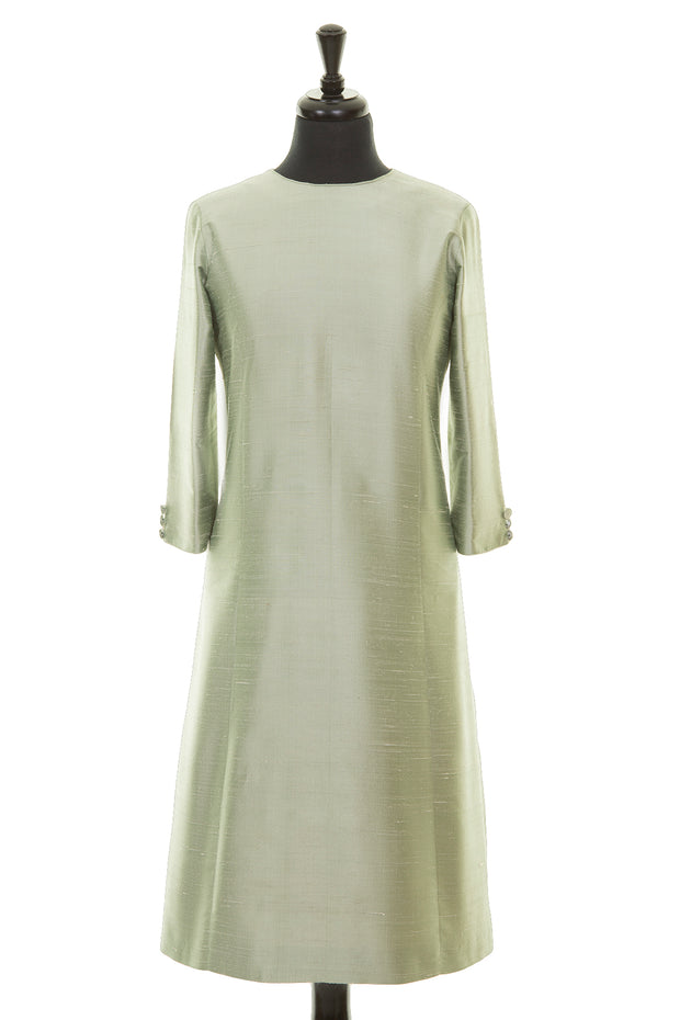 pale green raw silk a-line shift dress, summer wedding guest outfit, plus size mother of the bride outfit, best ascot outfits