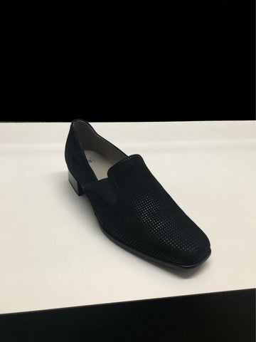 Black Laser Print Slip-On Shoes