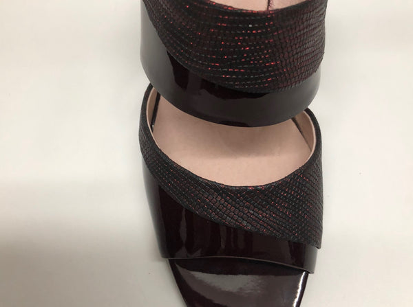 Elegant Patent Leather Burgundy Slippers