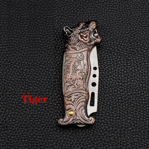 (Global Shop) 3D Faucet Tiger Head Lighter And Portable Folding Knife