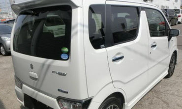 White Color Suzuki Wagon R for Rent