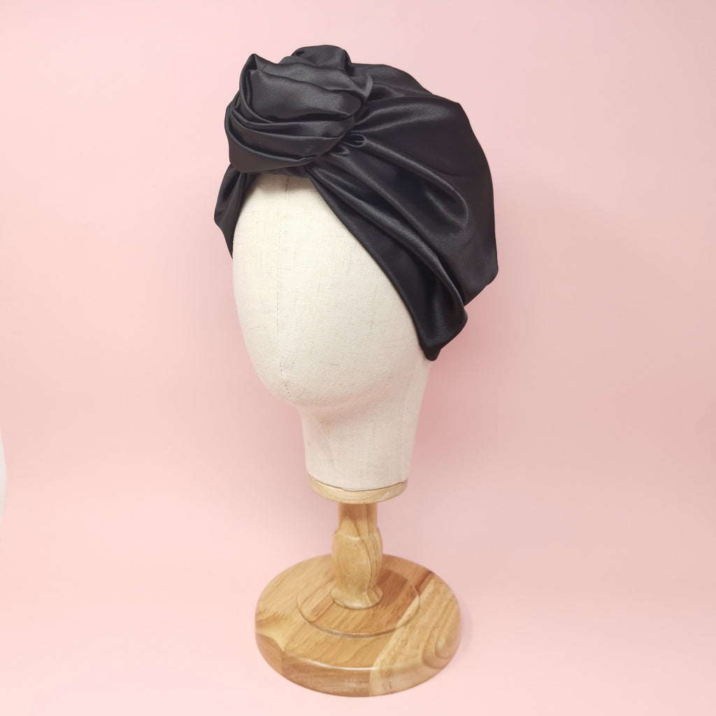 "Turbante ""Rachele"" in satin nero"