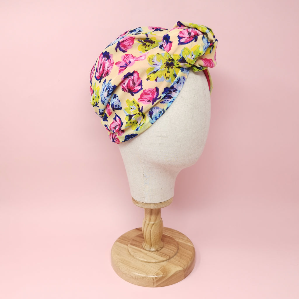 "Turbante ""Rachele"" in voile giallo fantasia fiori"