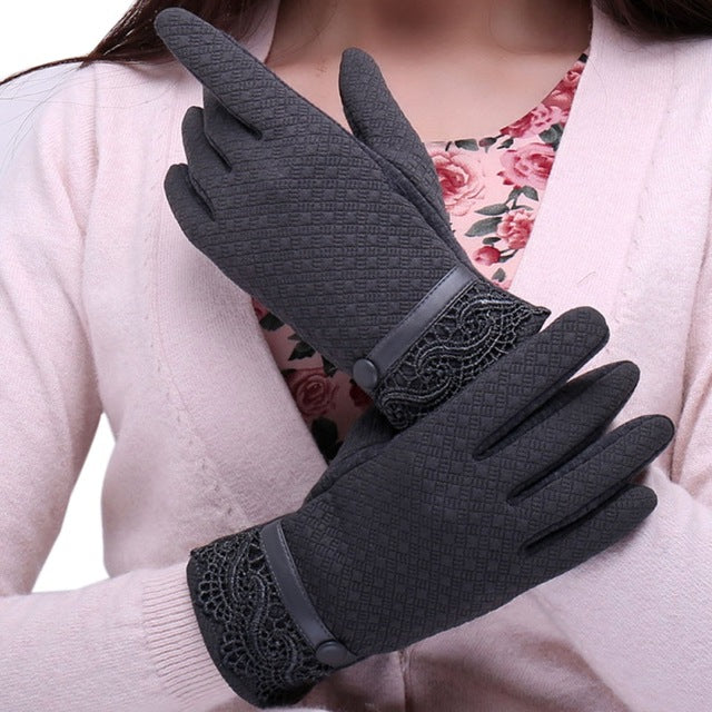 The Dos and Don'ts of Cleaning Leather Gloves
