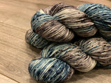 Worsted (Molly) - All Cheap and Debonair