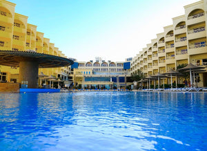 Amc Royal Hôtel & Spa -