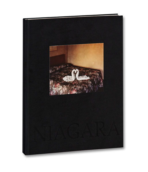 Cover of photobook Niagara by Alec Soth, Mack photography book