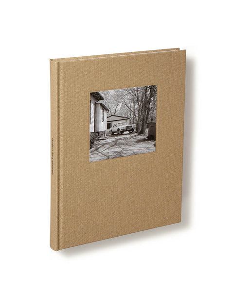 Cover of photobook Pontiac by Gerry Johansson, Mack photography book
