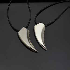 SUSENSTONE Stainless Steel Wolf Tooth Necklace Pendant Necklaces Jewelry