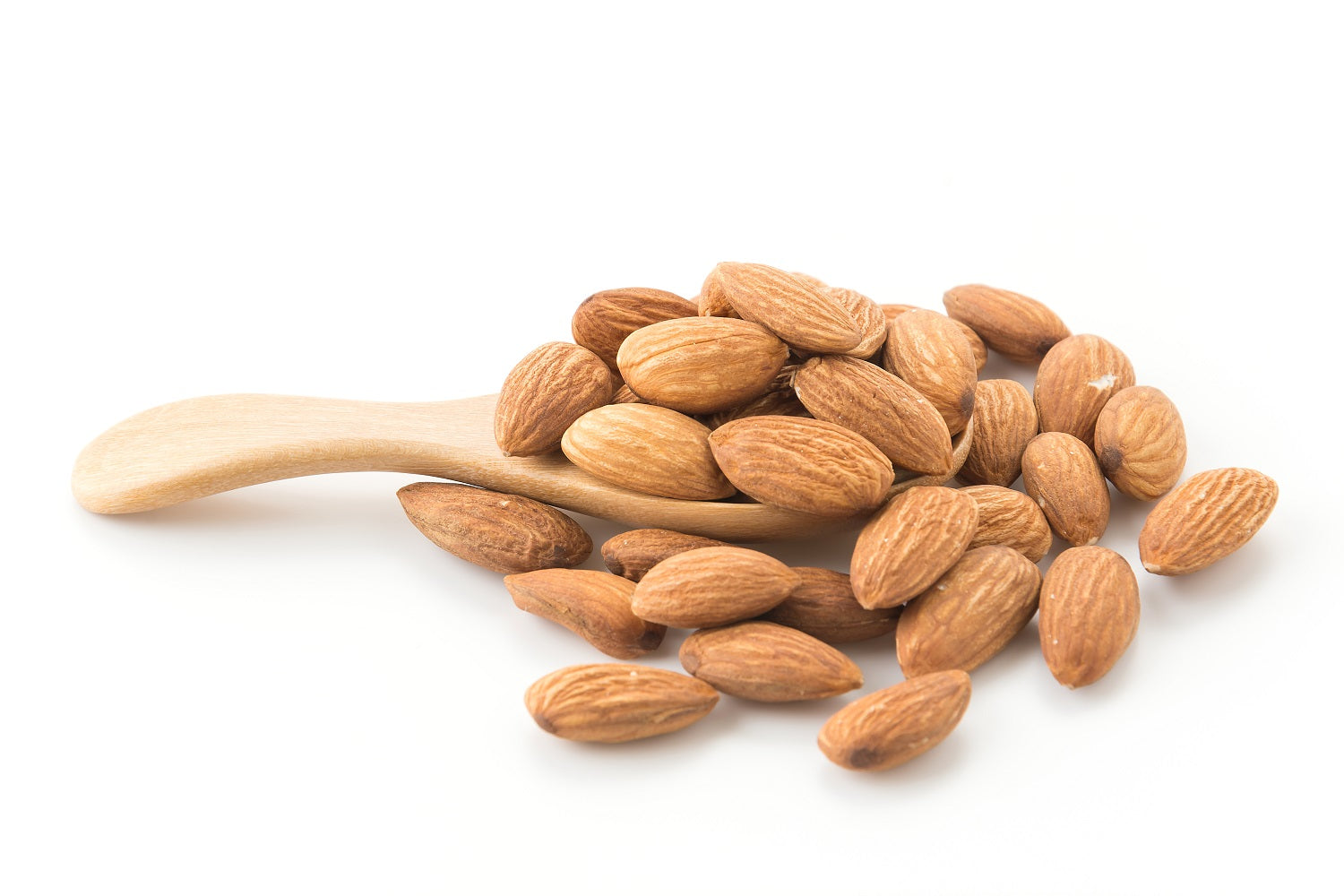 Benefits of almond powder on skin