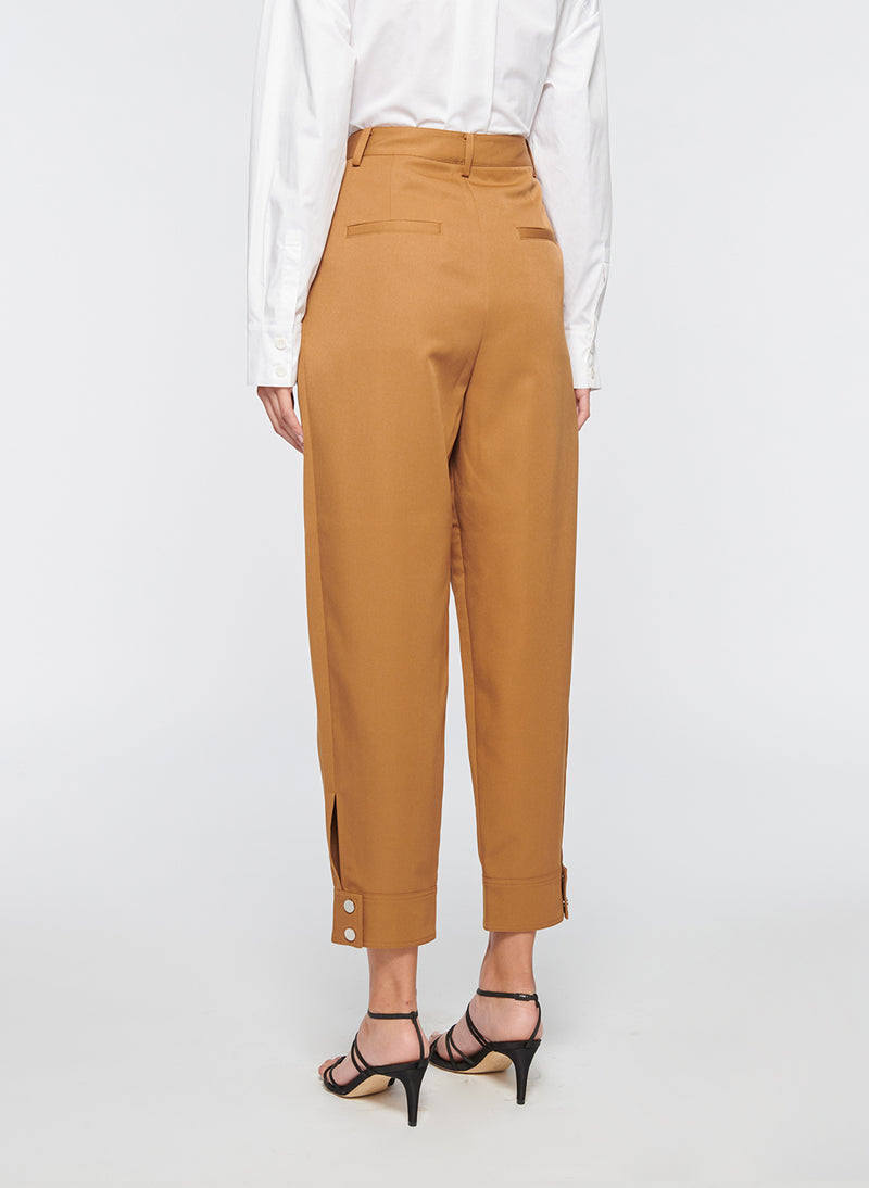 Recycled Techy Twill Pleated Pant Camel-3