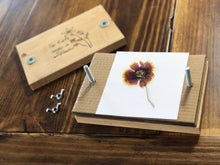 Load image into Gallery viewer, Personalized Name Flower Press