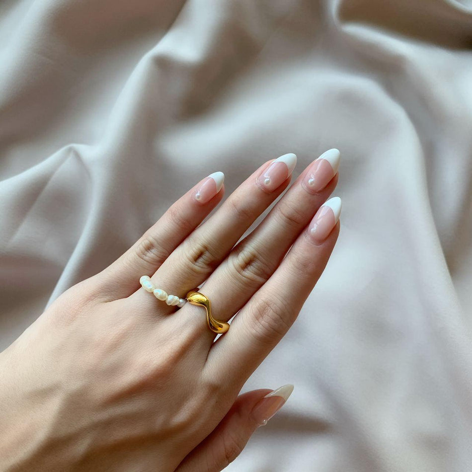 POPPINGS GOLD + PEARL RING SET