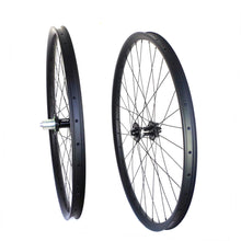 Load image into Gallery viewer, HOPE PRO 4 hub 29ER carbon mountain bike wheel for MTB riding 35mm outer width