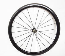 Load image into Gallery viewer, 700c Carbon Road Bicycle Clincher wheelset 38mm clincher wheelset - hulkwheels