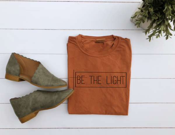 BE THE LIGHT UNISEX T-SHIRT
