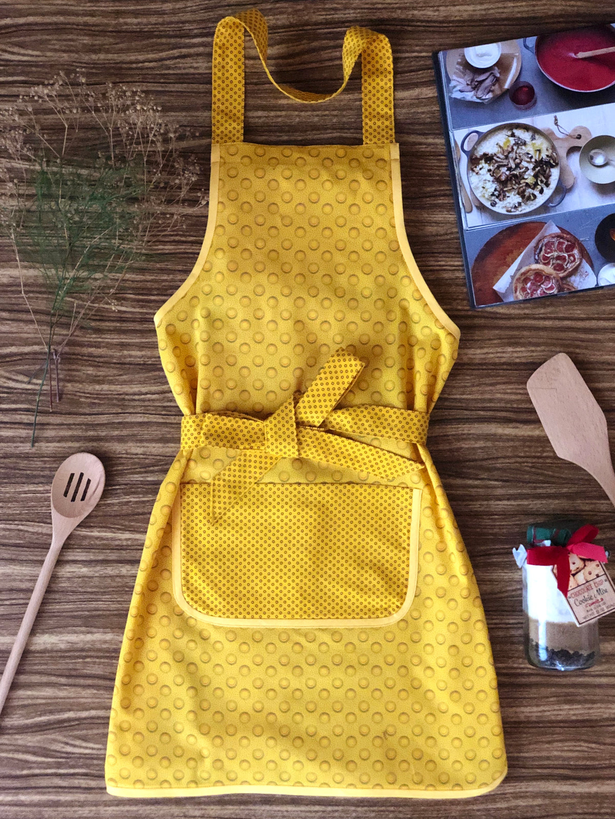 Shweshwe Aprons - Adult (assorted designs)