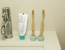 Load image into Gallery viewer, Nudie Bamboo Toothbrush Set
