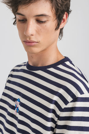 horizontal-stripes-blue
