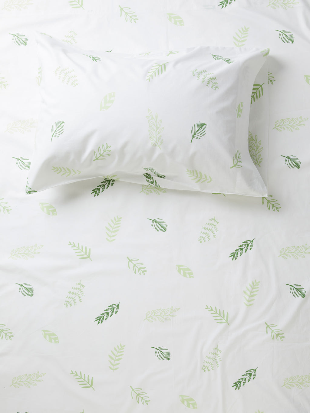 Leaf Me Breathless Fitted Sheet - White/Green-Bibilo