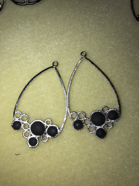 M&A Bubbles & Leafs Earrings