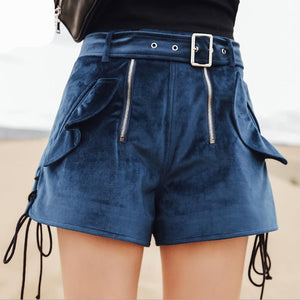 4102 - Warm Ruffled Velvet Shorts
