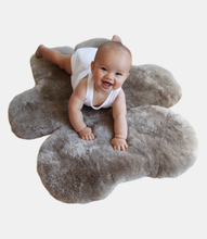 Load image into Gallery viewer, FLATOUTbear Rug
