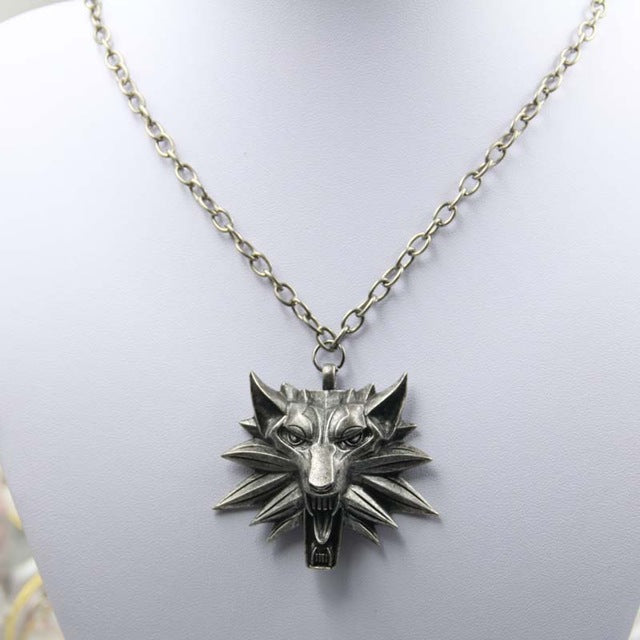 Wolf Head Medallion Chain Necklace - Shop For Gamers