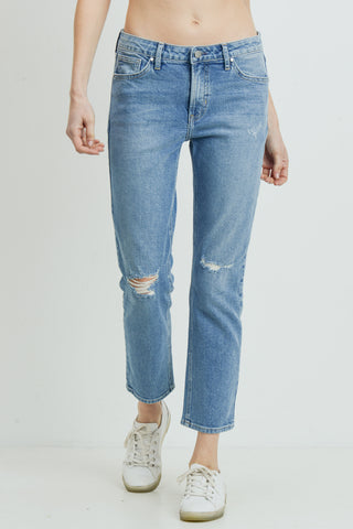 medium wash boyfriend jeans