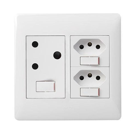 Single Socket Vertical + 2 Switched Slimline White - PYNOS44WHT