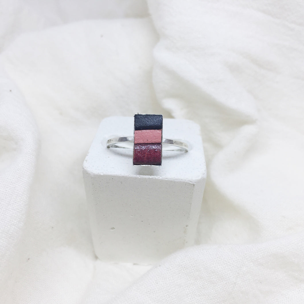Dainty Rectangle Ring - Black, Peach, and Red Brown on Silver Band - Size 8