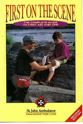 BOOK - FIRST AID - FIRST ON SCENE