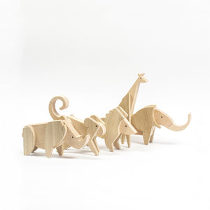 Archabits wooden toys Animal Kingdom set of elephant, giraffe, lion, monkey, rihno - side