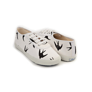 Startas Black Birds white cotton sneakers with black birds design