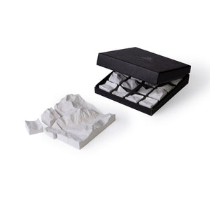 Logiplaces concrete puzzle Alps, 16 pieces, packaging.