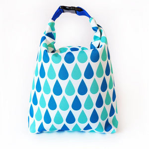 Kivibag lunch bag with blue drops design - front view, closed