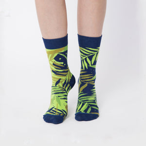 "Nebouxii dark blue socks - ""jungle"" design with different kinds of neon green palm-leaf design"