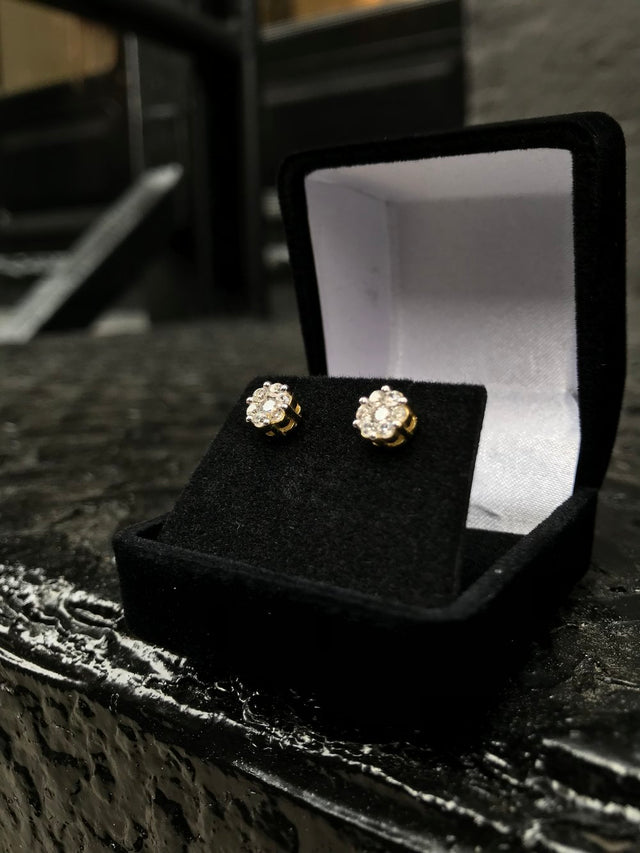 Small Flower Cut Diamond Earrings - Vermeil - Gold X