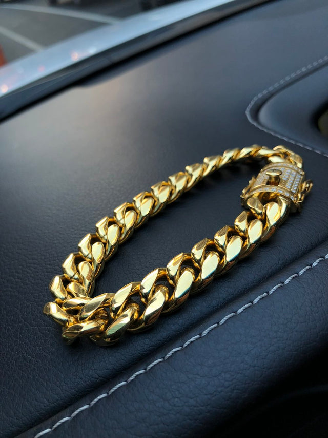 Miami Cuban Link Bracelet (14MM) - Diamond Clasp - Gold X